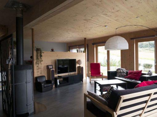 Maison passive en panneau massif à Saint-Thégonnec Loc-Eguiner
