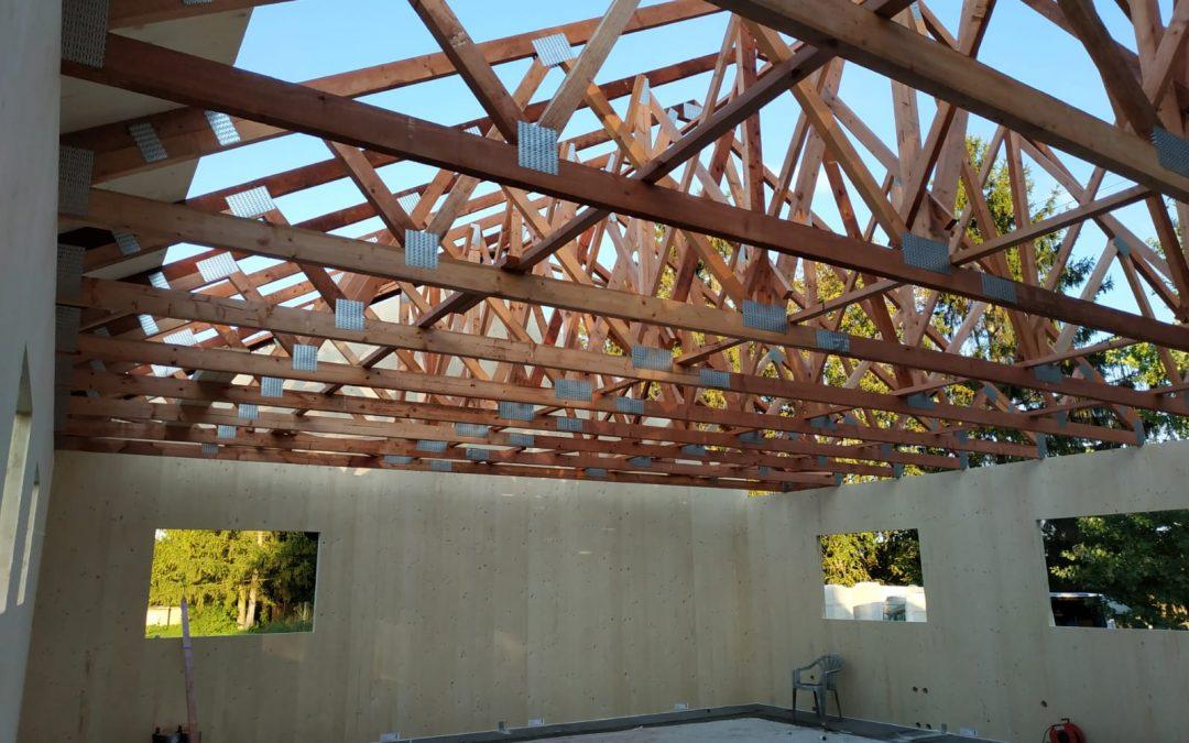 Nová montáž rodinného domu z NOVATOP systému blíz…