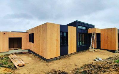 Maison en panneau massif CLT Novatop Bardage bois …